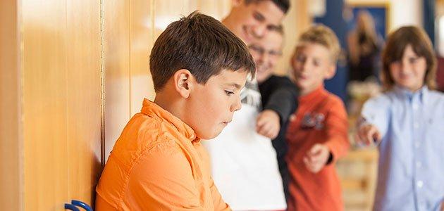 nino-acosado-escuela-bullying-p